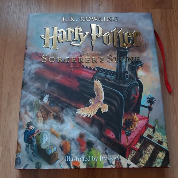 Illustrated Harry Potter Sorcerer's Stone